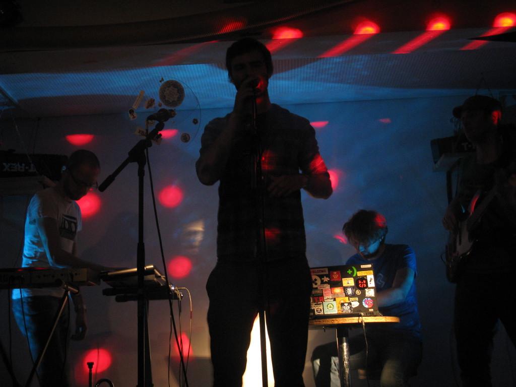 Band_18