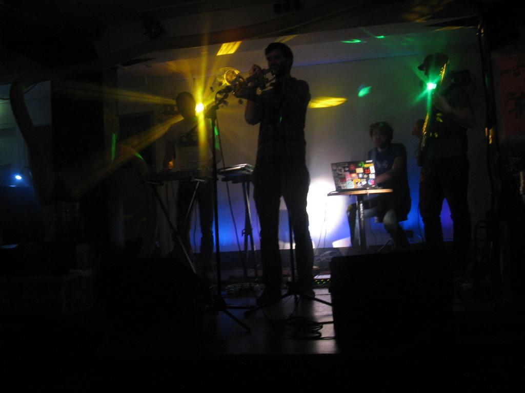 band_10
