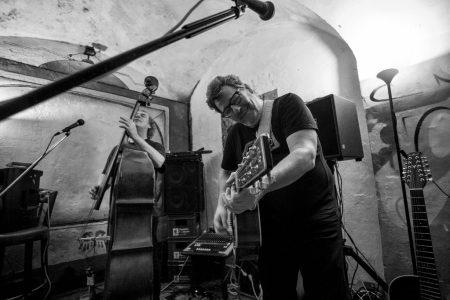 SCHERBENkontraBASS live im Sub Salzburg